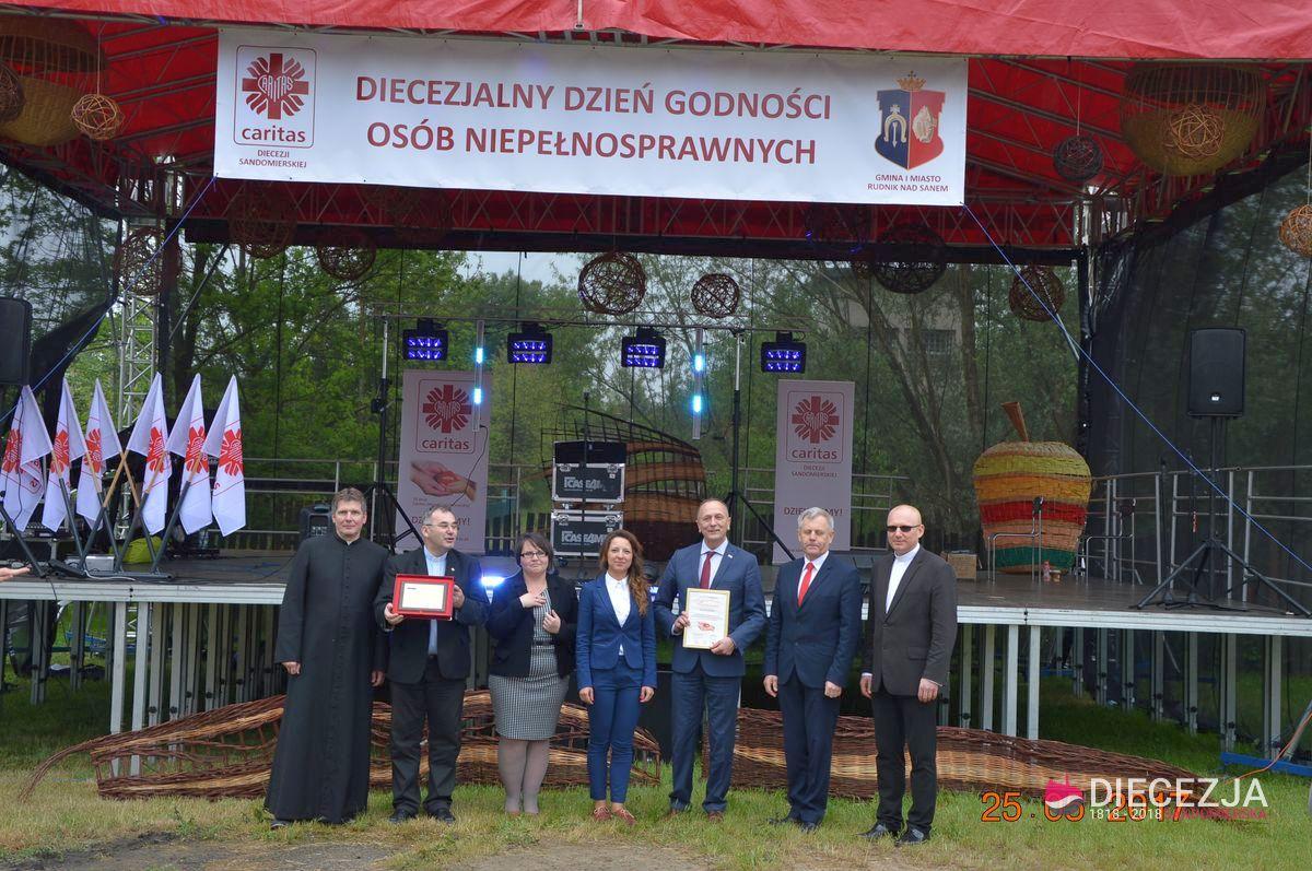 Zesp Szk im. gen. Wadysawa Sikorskiego w Rudniku nad